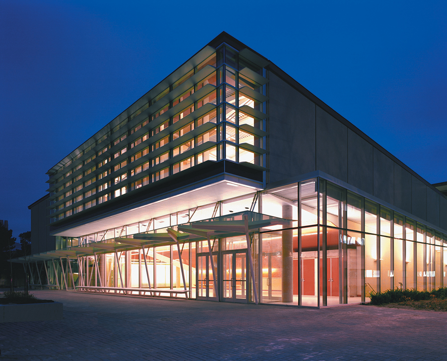 The York University Computer Science Building, completed with Van Nostrand DiCastri Architects, demonstrates the potential of green design in a cold climate. Steven Evans