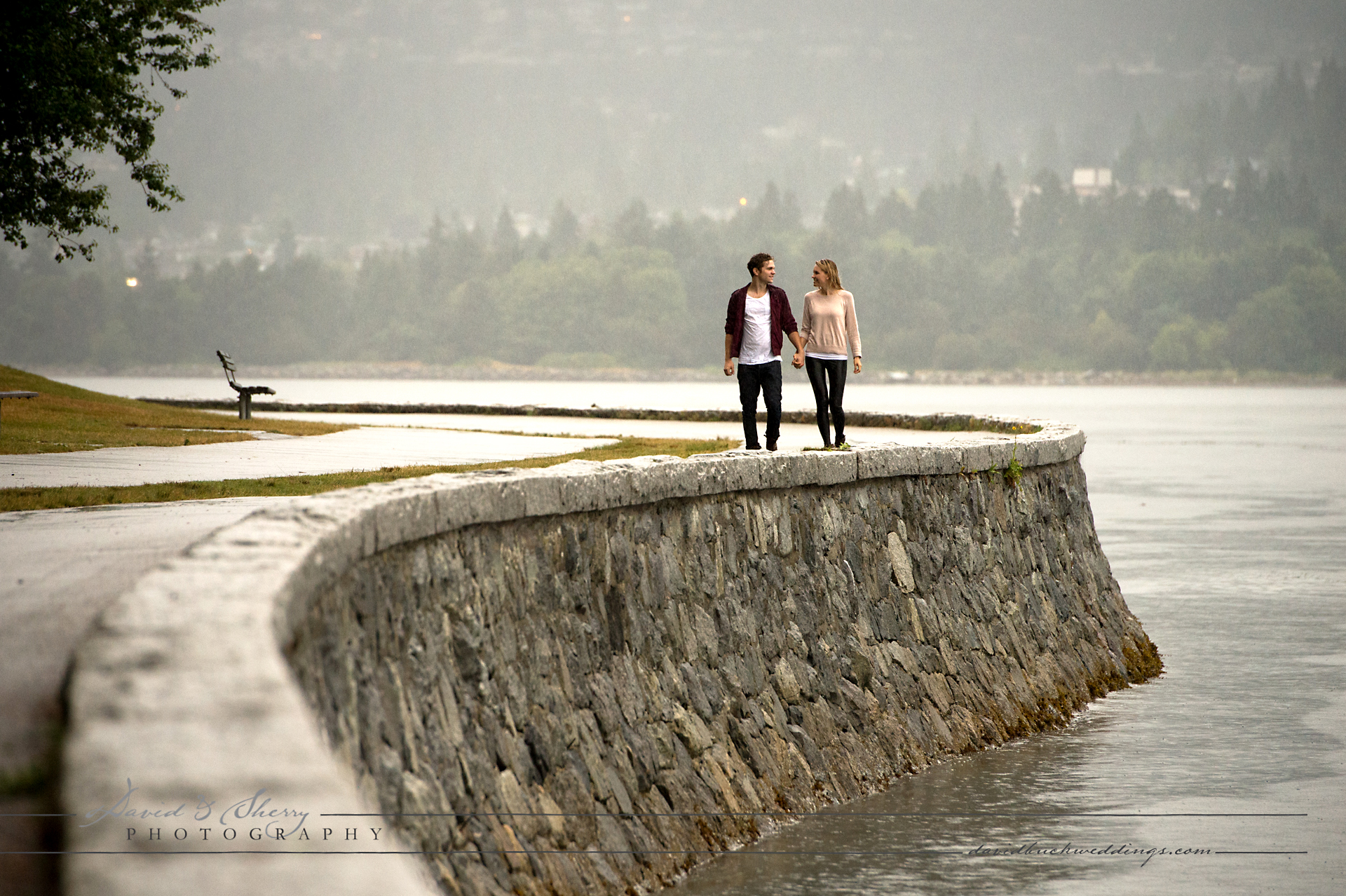 Vancouver_Pre_Wedding_Rainy_Day_Photos_ (9)