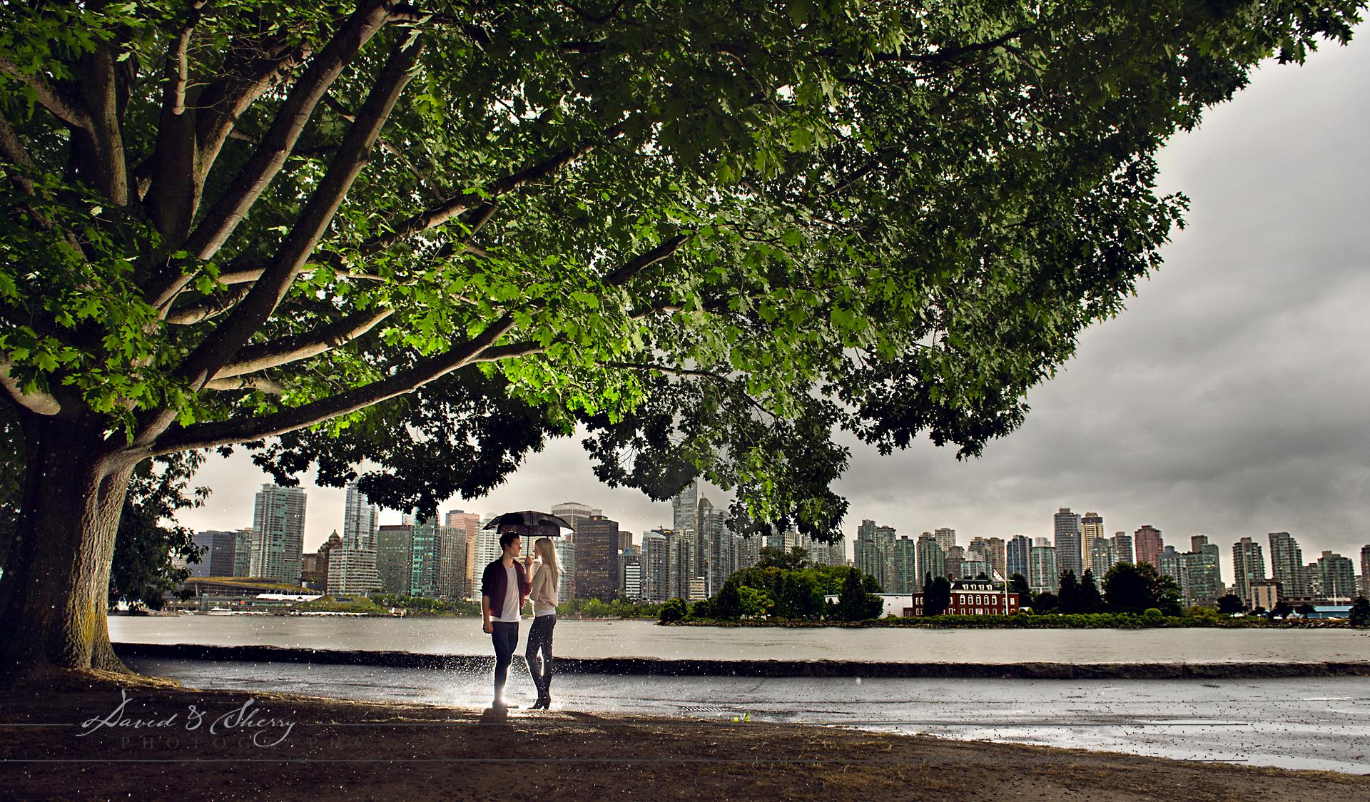 Vancouver_Pre_Wedding_Rainy_Day_Photos_
