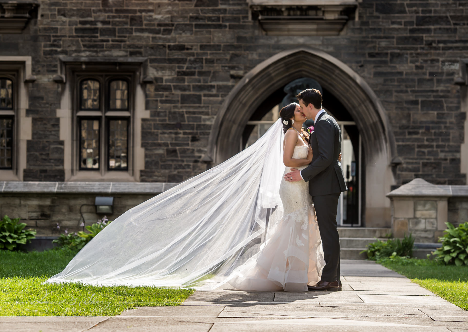David & Sherry Photography - Knox College Wedding