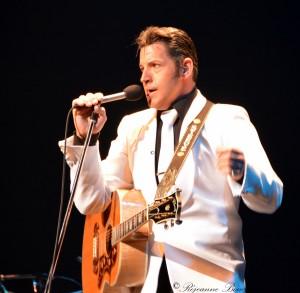 Steeve Desgagné chante Elvis!