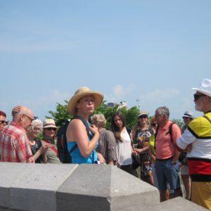 Marie-Ève Sévigny sais transmettre sa passion aux participants de ses promenades