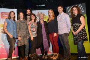 Artistes et partenaires de RIDEAU 2017 entourant Mme Colette Brouillé @Lise Breton
