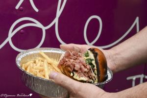 Le fameux Burger de smoked meat maison