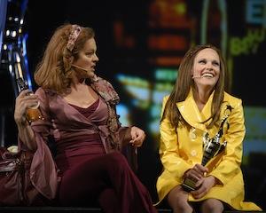 Hélène Bourgeois Leclerc (Lola Lee) et Marie-Andrée Lemieux (Louise Tétrault)