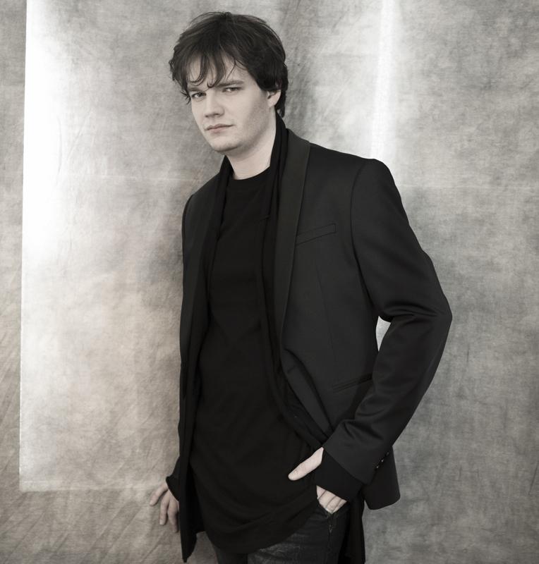 Jean-Michel Dube