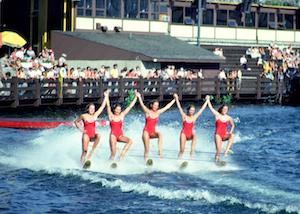 Spectacle de ski nautique