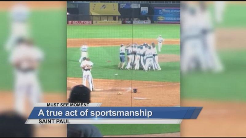 MUST SEE: An act of true sportsmanship