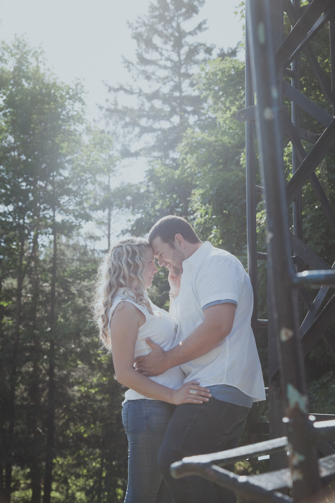 Blue-Mountain-engagement-photos-12