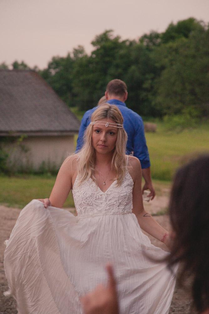 ontario-bohemian-wedding-1036