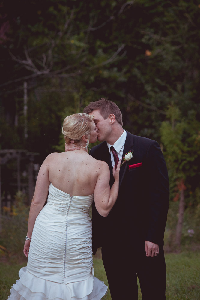 fall-apple-orchard-wedding-135