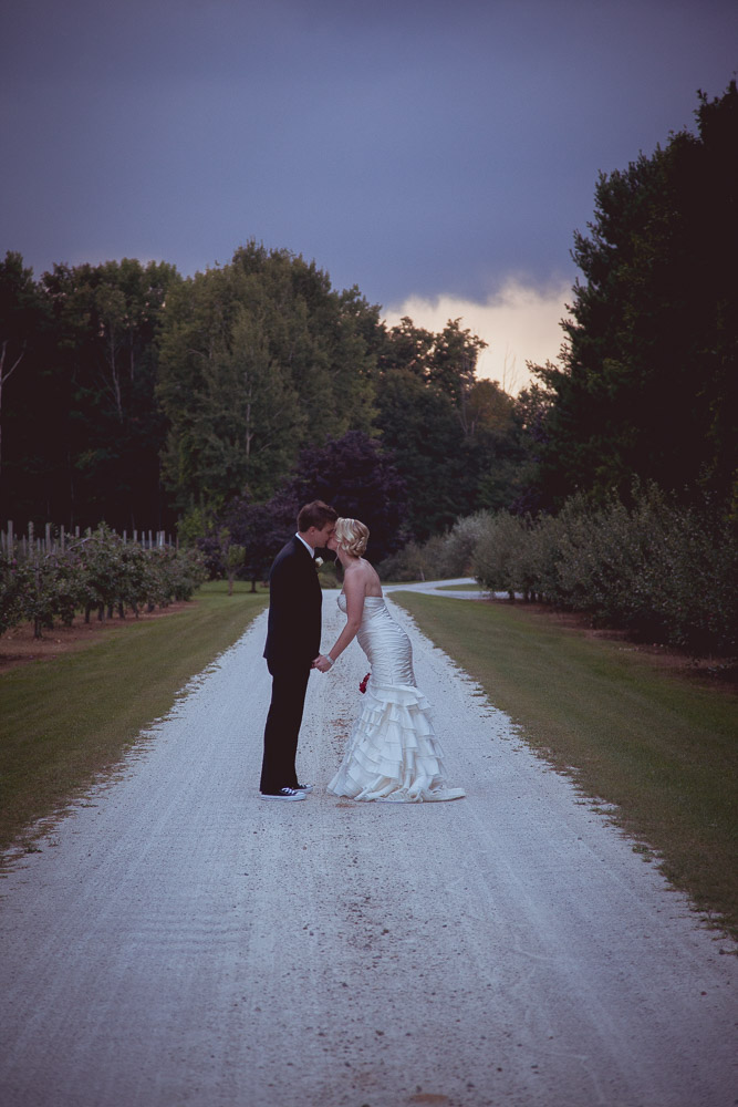 fall-apple-orchard-wedding-122