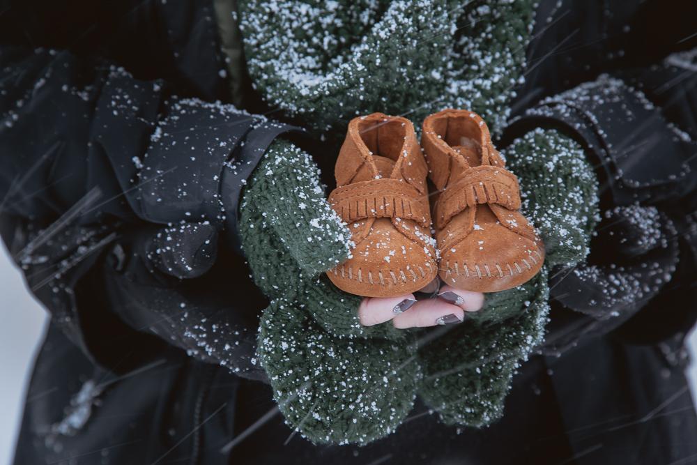 winter-maternity-photos-429