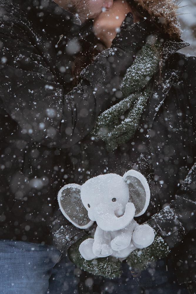 winter-maternity-photos-192