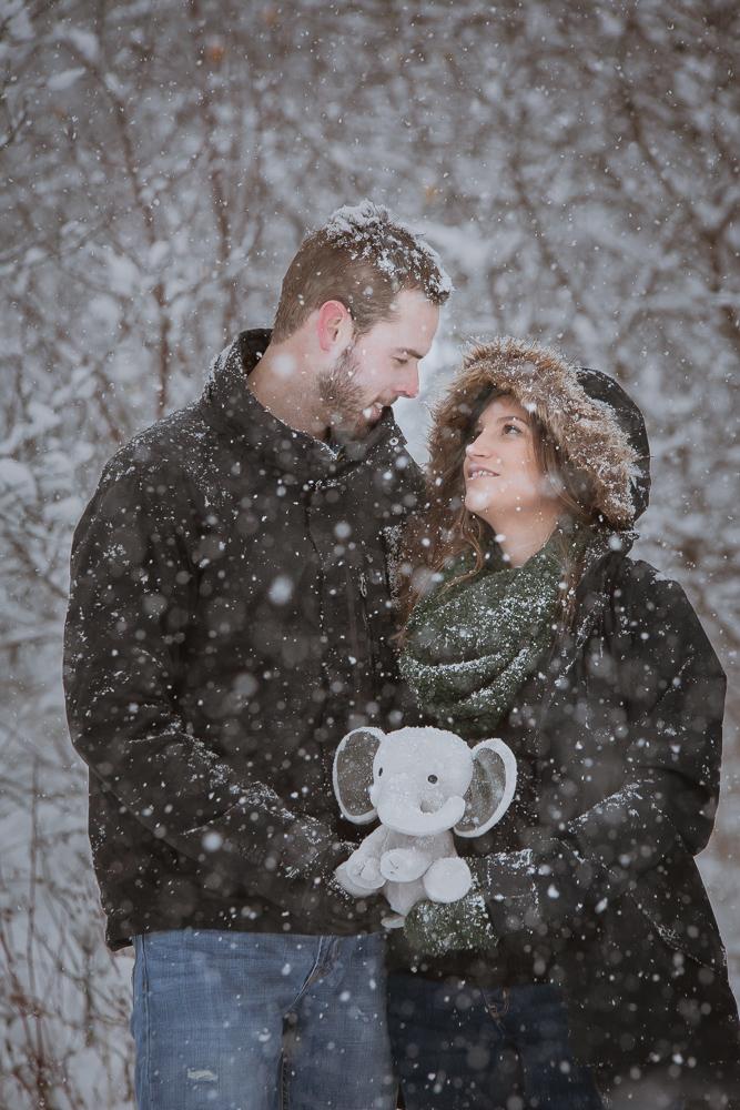 winter-maternity-photos-187