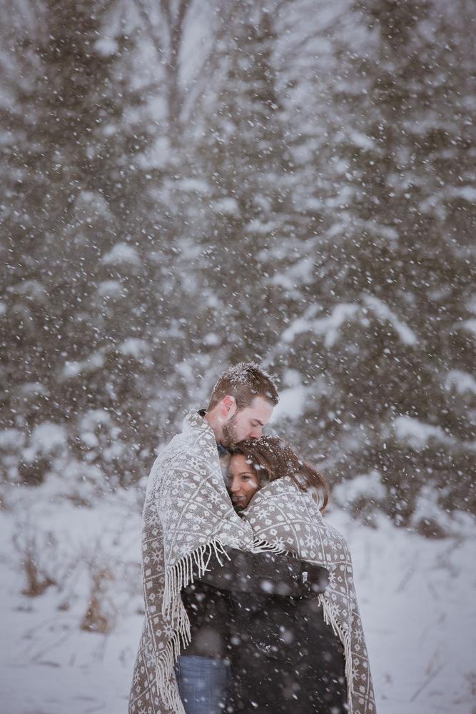 winter-maternity-photos-34