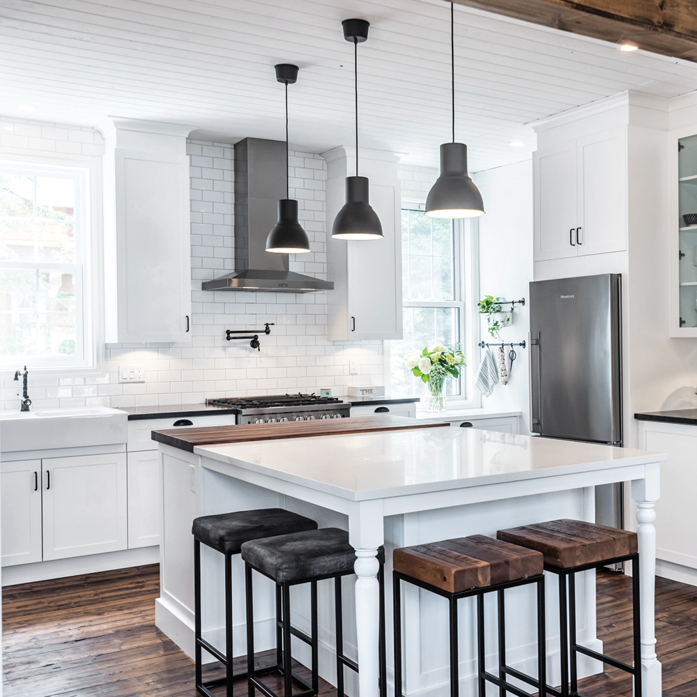Cuisine de style farmhouse et contemporaine