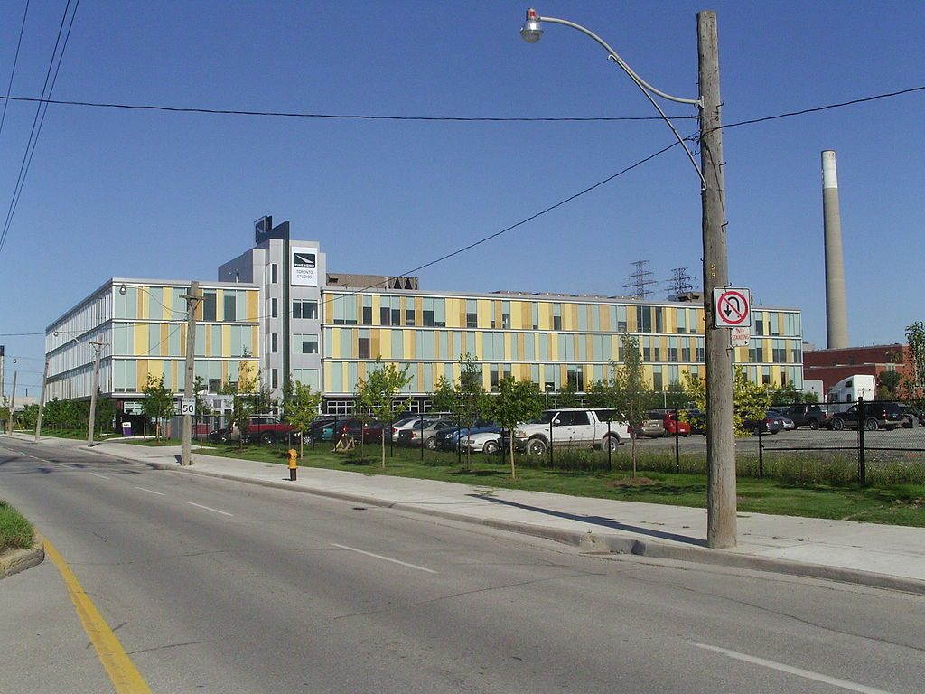 Pinewood Toronto Studios, Bell, Castlepoint