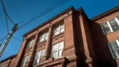 In an agreement with Toronto Lands Corporation (TLC), as agent for the Toronto District School Board (TDSB), Artscape has purchased the century-old inner city Shaw Street School and is repurposing it as Artscape Shaw Street Centre, a centre for arts and community programming with a focus on youth.