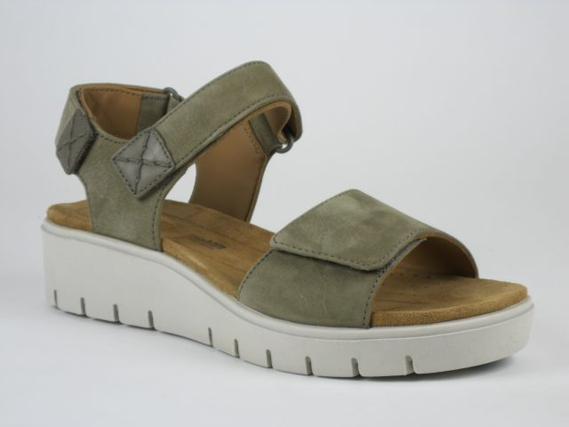 Clarks UN KARELY BAY Taupe