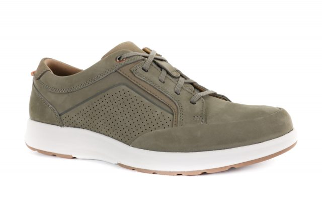 Clarks UN TRAIL FORM Taupe