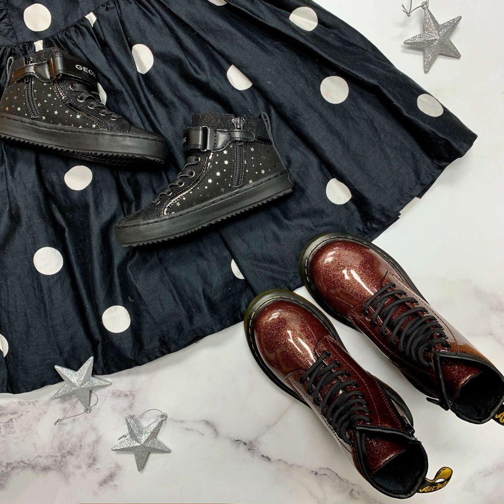 Chaussures en cuir Geox J Kalispera noires bottillons Dr. Martens 1460 Glitter bordeaux pour filles