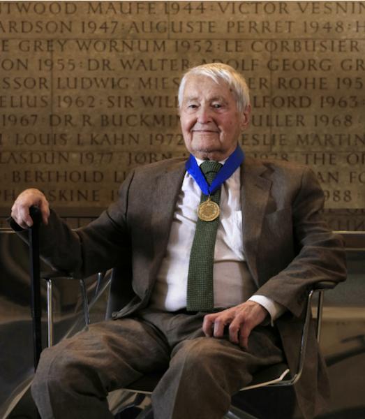 Neave Brown receives the 2018 RIBA Gold Medal. Photo by Morley von Sternberg via RIBA
