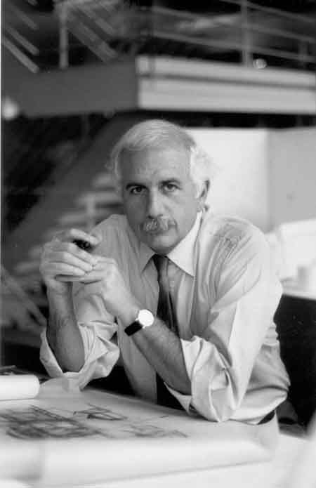 Moshe Safdie. Photo by Norma Gòmez via Flickr Commons.