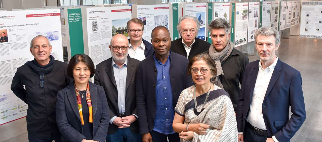 The 2018 jury. Photo via LafargeHolcim Foundation.