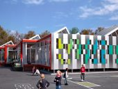 School in Motion, aluminium, Quebec, Alcoa