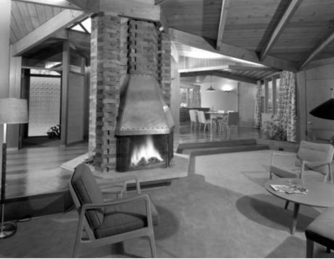 A.K. Tateishi House, Islington, Ontario, interior. Fleury, Arthur and Barclay (Robert Calvert, principal designer), 1951. (Photo: Panda, 1953, courtesy of the Canadian Architectural Archives at the University of Calgary.