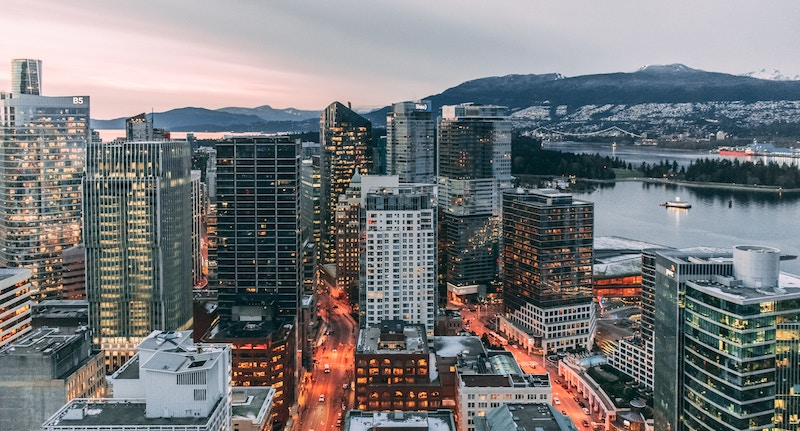 Vancouver joins Montreal, Toronto, and cities around the world in the 40 Net Zero Carbon Buildings pledge. Photo by Aditya Chinchure via Unsplash.