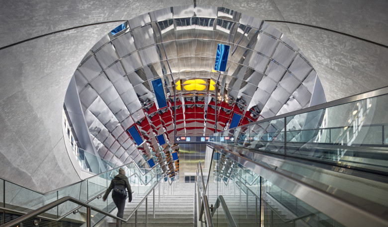 5b1074b6476f5-vaughan-metropolitan-station-31