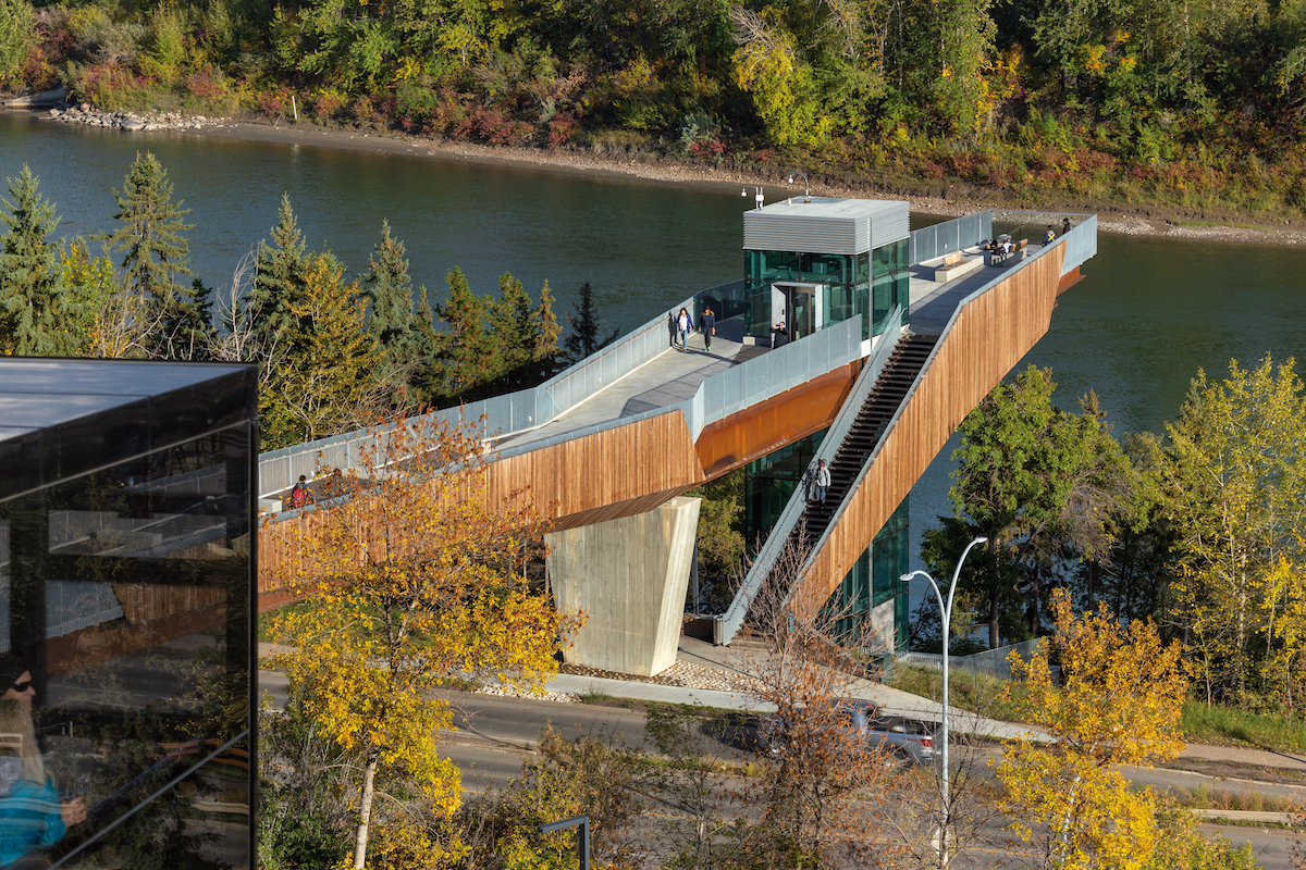 The Edmonton Funicular Connects Pedestrians to Nature