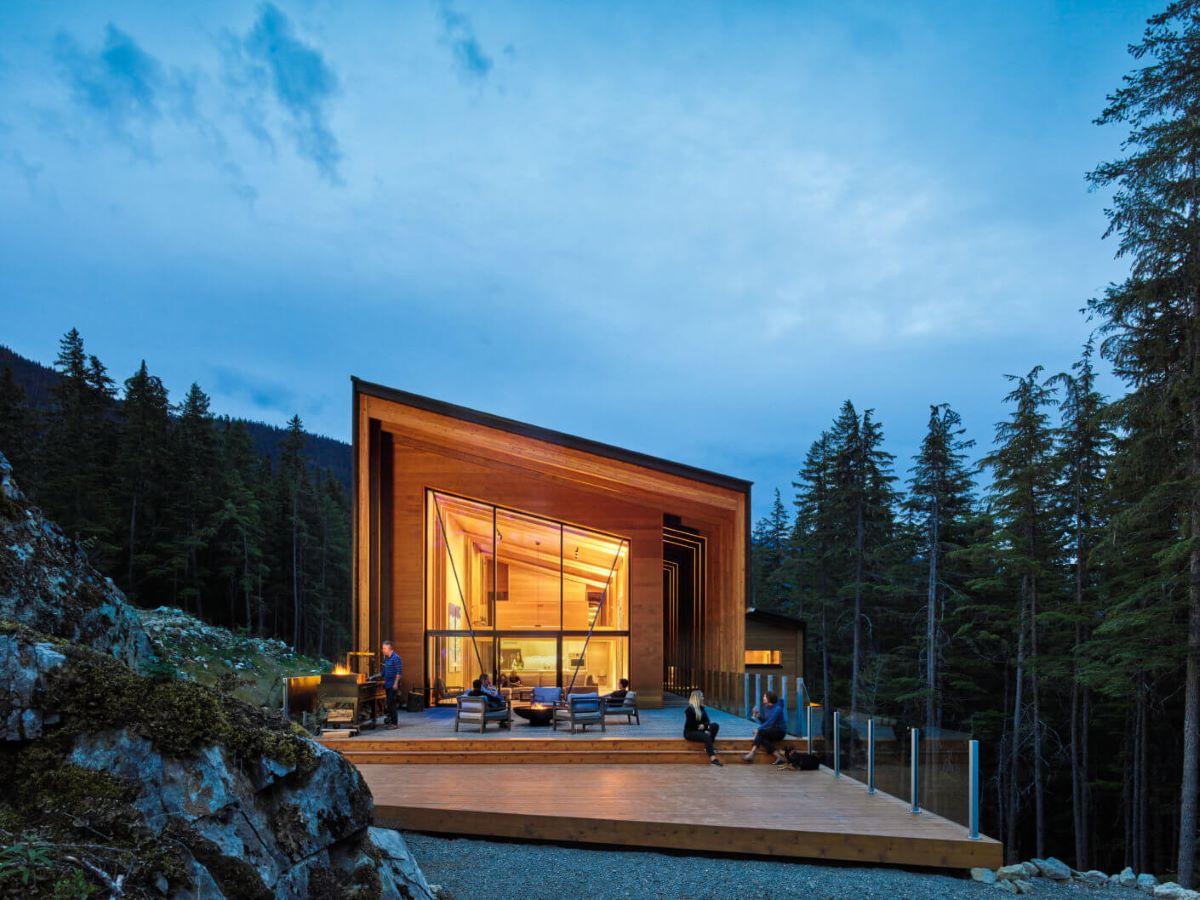 SoLo House, British Columbia