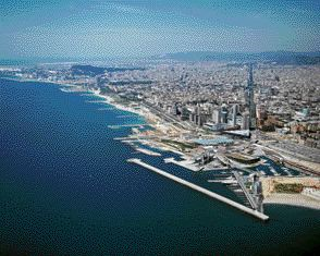Some of the Significant Challenges Facing Today's Urban Centres Include the Following: Resolving the Urban Design Challenges of Waterfront Redevelopment (Barcelona)