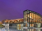 Baird Sampson Neuert won the competition for the recently completed Burlington Waterfront Centre, which is designed to maximize spectacular views of Lake Ontario.