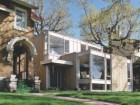 SITUATED ON A TONY OTTAWA STREET, DONKIN RECLAD THE EXISTING QUASI-MODERNIST FREEN HOUSE WITH A CLEARER VISUAL VOCABULARY WHILE ADDING A MORE EXPRESSIVE LIVING SPACE TO THE FRONT OF THE HOUSE TO HELP DEFINE ITS MAIN ENTRY