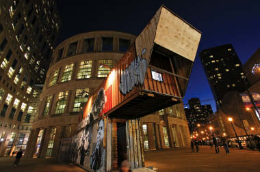 Sited on a corner of the Vancouver Public Library plaza, containr expressed ideas of movement and culture through repurposed shipping containers.