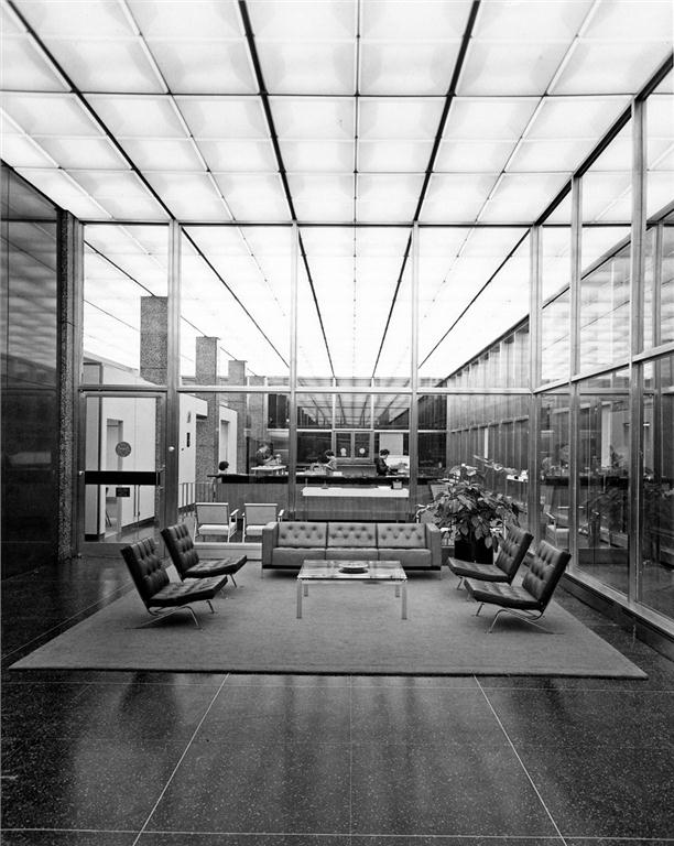 Grant Marshall's highly finessed interior design skills are evident in this 1961 photograph of the lobby of the elegantly modernist Monarch Life Building in Winnipeg by Smith, Carter, Searle and Associates.