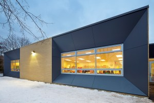 Bortolotto Design Architect's dynamic faade for Willow Park Junior Public School. Shai Gil