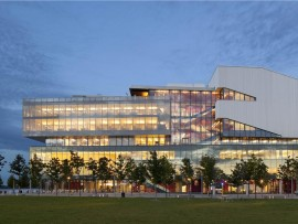 george brown waterfront campus - health science. photo by tom arban.