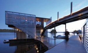Guertin Boatport is a floating dock topped by a lounge space in western Ontario. 5468796 Architecture
