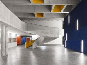 CVDB arquitectos' braancamp freire secondary school in lisbon, portugal