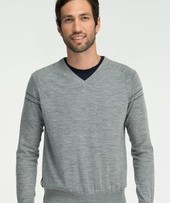 the aries long-sleeve V-neck from the premium black sheep collection is made from the finest gauge of merino yarn.