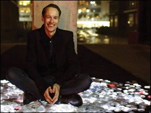 daan roosegaarde with crystals during dutch design week 2013