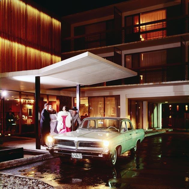 four seasons motor hotel (1961) by peter dickinson at 415 jarvis street in toronto