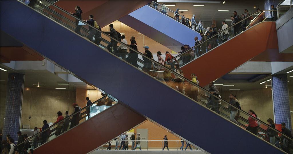 escalators at pinheiros by mark lewis, 2014