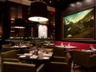 hy's steakhouse dining room