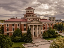 university of manitoba's engineering and information technology complex